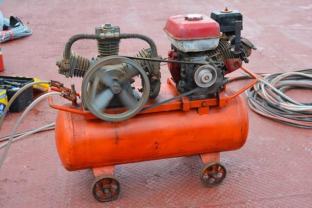 červený kompresor.jpg