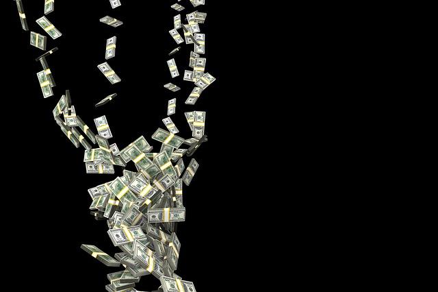 výr peněz