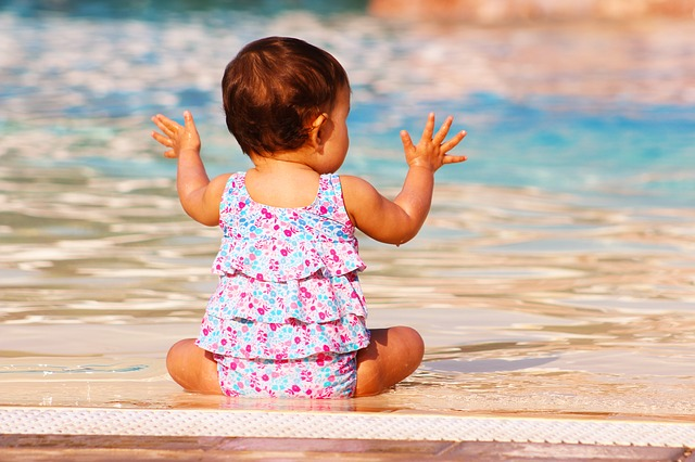 batole u bazénu