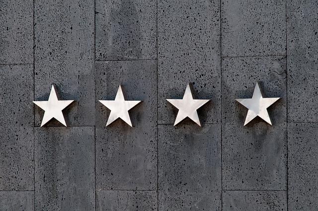 čtyři hvězdy